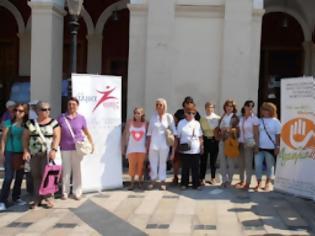Φωτογραφία για Πάτρα: Σε απόγνωση οι καρκινοπαθείς – Βγήκαν στο δρόμο μαζί με τους γιατρούς