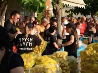 Φωτογραφία για Αιμοδοσία και διανομή τροφίμων στον Άγιο Παντελεήμονα από την Χρυσή Αυγή