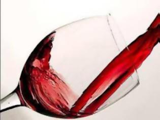 Φωτογραφία για Από τι κινδυνεύουμε εάν πίνουμε 3 ποτήρια αλκοόλ τη μέρα;