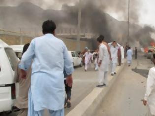 Φωτογραφία για Πακιστάν: Τουλάχιστον 16 νεκροί σε επίθεση αυτοκτονίας