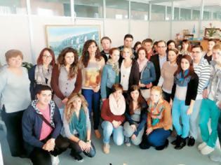 Φωτογραφία για 17 παιδιά από τη Γερμανία:  H Ελλάδα δεν είναι αυτή που δείχνει η «Bild»
