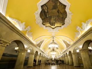 Φωτογραφία για Μετρό Μόσχας, το ομορφότερο στον κόσμο!