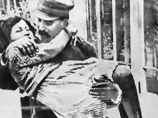 Φωτογραφία για Το FBI στα… χνάρια της κόρης του Στάλιν