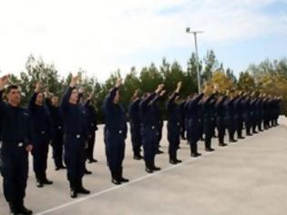 Φωτογραφία για Ρολά κατεβάζουν οι αστυνομικές σχολές για δύο χρόνια