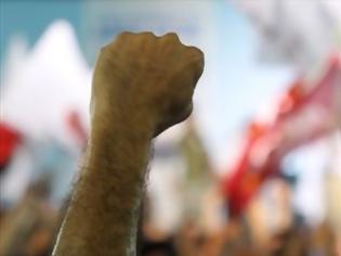 Φωτογραφία για ΣΥΡΙΖΑ: Ανατροπή της μνημονιακής πολιτικής για έξοδο από την κρίση