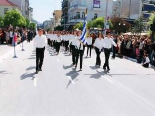 Φωτογραφία για Κώστας Ασκούνης: Ματαίωσε την παρέλαση και τώρα αποποιείται τις ευθύνες του