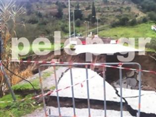 Φωτογραφία για Στα δύο κομμένα τα Καλάβρυτα από την κατάρρευση της γέφυρας στον ποταμό Κλειτόριο