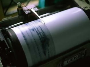 Φωτογραφία για Σεισμική δόνηση 5,6 Ρίχτερ στις νήσους Μολούκες