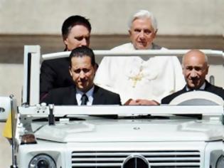 Φωτογραφία για Βατικανό: Ο Πάπας έχει βηματοδότη