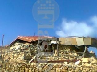 Φωτογραφία για Ιερόσυλοι ανατίναξαν εκκλησία στα Αστερούσια