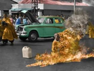 Φωτογραφία για Νεπάλ: Θιβετιανός αυτοπυρπολήθηκε και υπέκυψε στα τραύματά του