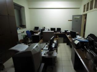 Φωτογραφία για Περισσεύουν 3.500 υπάλληλοι σε τέσσερα υπουργεία
