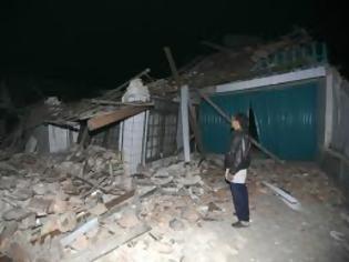 Φωτογραφία για Μεγαλώνει ο απολογισμός του σεισμού - Εκατοντάδες μετασεισμοί στην Κίνα