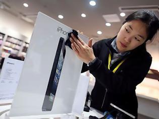 Φωτογραφία για Πέντε εκατομμύρια iphone 5 επέστρεψε η Apple