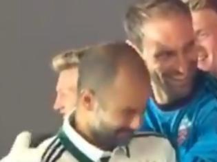 Φωτογραφία για Ο Πεπ Γκουαρντιόλα δέχτηκε γροθιά από ποδοσφαιριστή της Μπάγερν