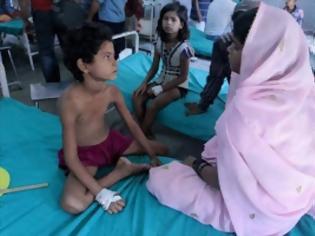 Φωτογραφία για Δεύτερη μαζική δηλητηρίαση παιδιών στην Ινδία