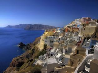 Φωτογραφία για Η Σαντορίνη στην 4η θέση των δέκα καλύτερων νησιών του κόσμου σύμφωνα με το Travel& Leisure
