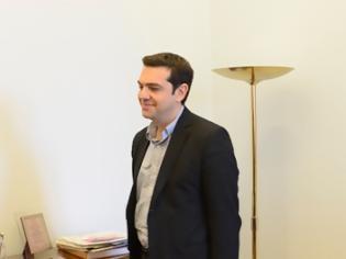 Φωτογραφία για Συνάντηση Αλ. Τσίπρα με ΟΛΜΕ και ΟΙΕΛΕ την Τρίτη