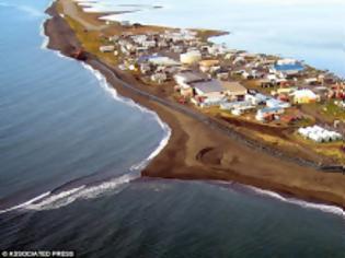 Φωτογραφία για Σε δέκα χρόνια αυτό το νησί θα το έχει καταπιεί ο ωκεανός - 400 άνθρωποι πρέπει να βρουν αλλού πατρίδα [photos]