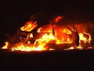 Φωτογραφία για Κάηκε ολοσχερώς ταξί στη Ναυπάκτο