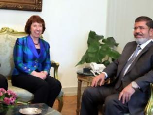 Φωτογραφία για Η Κάθριν Άστον συναντήθηκε με τον Μόρσι