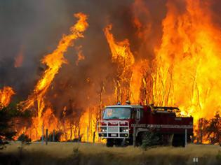 Φωτογραφία για Μεγάλη φωτιά στην Καλλονή Λέσβου- Υπό μερικό έλεγχο τώρα
