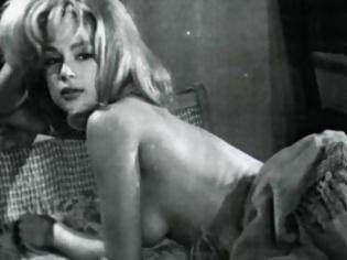 Φωτογραφία για Όταν η Βουγιουκλάκη πόζαρε γυμνή! - H απαγορευμένη ταινία και το πικάντικο πόστερ