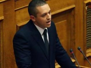 Φωτογραφία για Νέα πρόκληση Κασιδιάρη στη Βουλή: «O ψευδοεθνάρχης Καραμανλής πρόδωσε την Κύπρο»
