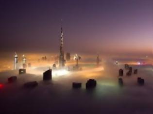Φωτογραφία για Το πάρτι στο Ντουμπάι καλά κρατεί