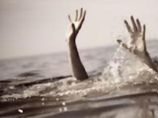Φωτογραφία για ΠΡΙΝ ΛΙΓΟ: Πνιγμός στην Ολυμπιακή Ακτή Πιερίας - Επιστροφή στα βασικά: Ποτέ στη θάλασσα μετά από το φαγητό!