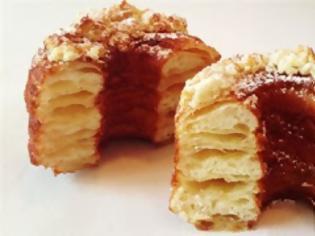 Φωτογραφία για To γλυκό «cronut» κατακτά τη Νέα Υόρκη