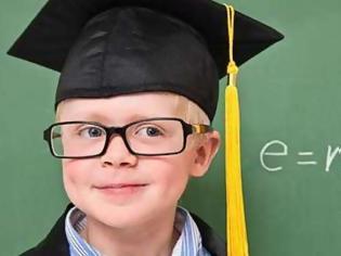 Φωτογραφία για Δείτε πως τα παιδιά χάνουν την ευφυία τους από 98% σε 50% μέσω της εκπαίδευσης.