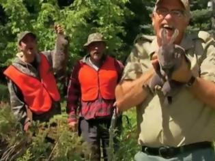 Φωτογραφία για VIDEO: Η φάρσα με το πασχαλινό λαγουδάκι