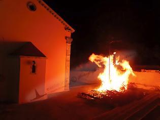 Φωτογραφία για Το κάψιμο του Ιούδα στα Μονοπολάτα