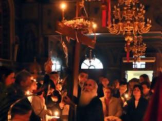 Φωτογραφία για Βουλγάρες έκλεβαν τα πορτοφόλια εκκλησιαζομένων την ώρα της λειτουργίας