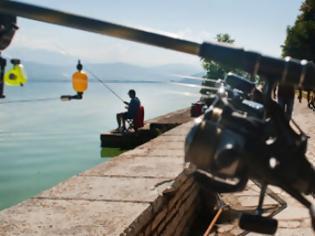 Φωτογραφία για Ψαράδες απ' όλη την Ελλάδα ψάρεψαν στη λίμνη Παμβώτιδα!