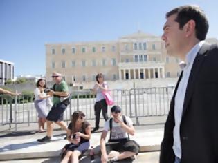 Φωτογραφία για ΣΥΡΙΖΑ: Φόβοι για προβοκάτσια και ανησυχία για πολιτική αποσταθεροποίηση