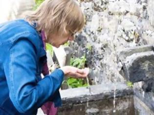 Φωτογραφία για Μολυσμένο με κόπρανα και βακτήρια το «αγιασμένο» νερό στην Αυστρία