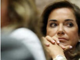 Φωτογραφία για Διαχωρίζει τη θέση της από την νθεωρία των δύο άκρων η Ντόρα Μπακογιάννη...!!!