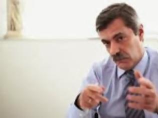 Φωτογραφία για Χρύσανθος Λαζαρίδης: Ο Συνταγματάρχης του Συντάγματος....!!!