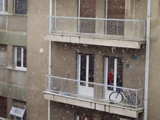 Φωτογραφία για Έπεσε από τον έβδομο όροφο και επέζησε ένας 8χρονος στη Σιβηρία
