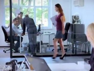 Φωτογραφία για Το τακούνι παίζει τον ρόλο του [Video]