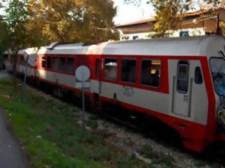 Φωτογραφία για Πέθανε λαθρεπιβάτης τρένου από ηλεκτροπληξία - Κεραυνοβολήθηκε από ρεύμα ισχύος 25.000 βολτ
