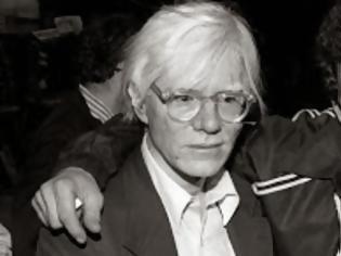 Φωτογραφία για Όταν οι γονείς του Lou Reed τον υπέβαλαν σε ηλεκτροσόκ για να τον... θεραπεύσουν από την ομοφυλοφιλία