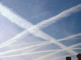 Φωτογραφία για Δεν... μας ψεκάζουν τα Αεροπλάνα! Μήνυμα αναγνώστη