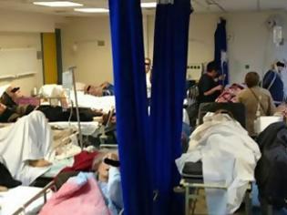 Φωτογραφία για Εικόνες ντροπής στον Ευαγγελισμό - Σοκάρει η εικόνα των ασθενών