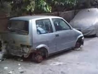 Φωτογραφία για Λύση για το πρόβλημα των εγκαταλελειμμένων οχημάτων στο Κερατσίνι και την Δραπετσώνα