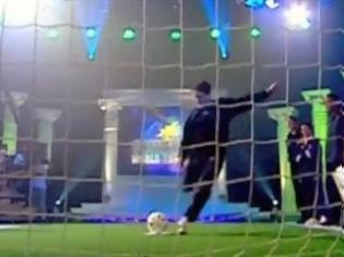Φωτογραφία για Το σουτ-γκολ με τη μεγαλύτερη ταχύτητα [Video]