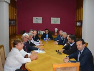 Φωτογραφία για Και πάλι στον Υπουργό Υγείας Άδωνι Γεωργιάδη o Δήμαρχος Θηβαίων, Βουλευτές και φορείς για το Νοσοκομείο της Θήβας