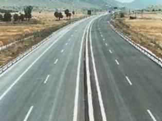 Φωτογραφία για Πόσο κοστίζει ένα χιλιόμετρο δρόμου στην Ελλάδα και πόσο στην Ευρώπη;
